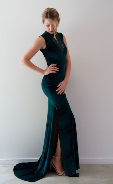 Be different in our beautiful Sophie Gown in Emerald Green.