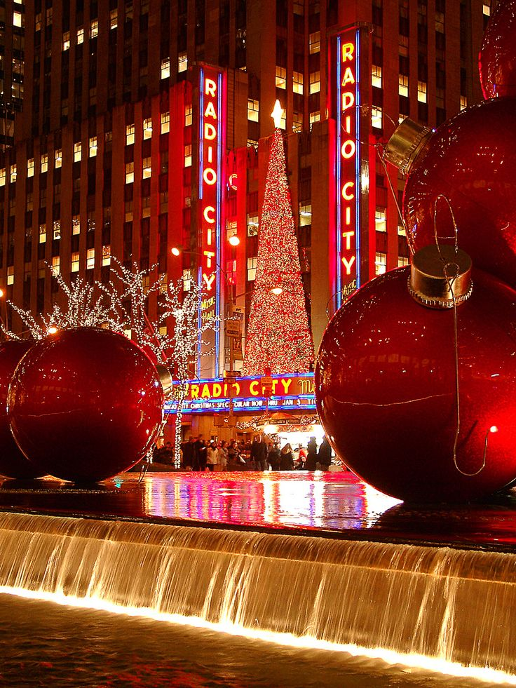 The 25+ best Radio city music hall ideas on Pinterest | Christmas ...