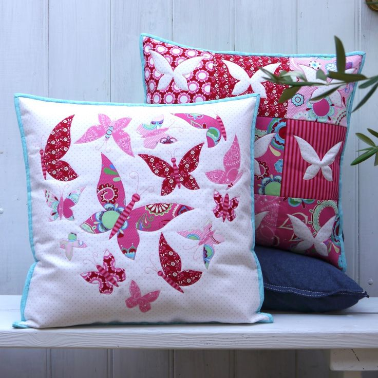Sweet Mariposa - this is a pretty applique cushions PATTERN from Claire Turpin Designs. Sweet Miraposa\u0027 uses Rosalie Dekker\u0027s totally gorgeous Flower Child ... & 68 best Claire Turpin Design images on Pinterest | Hens Sconces ... pillowsntoast.com