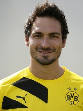 FC Barcelona Transfer News: Dortmund Defender Mats Hummels Rubbishes Sealed Pre-Contract Deal With Barca