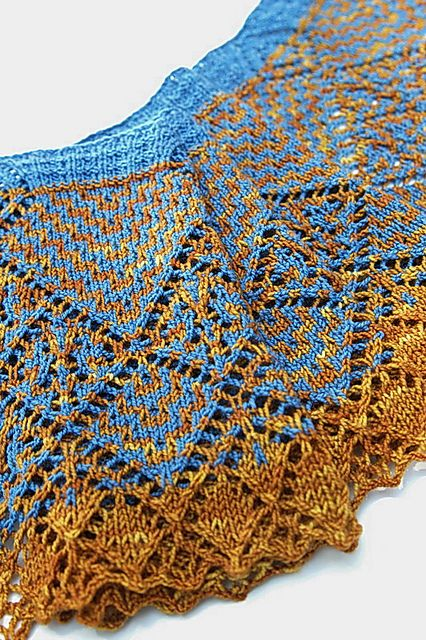 Sample knit in Roasted Tumeric and Zircon from Hermione Jean Creations.
