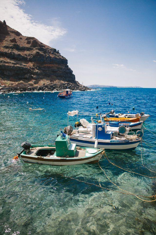 Swimming Amoudi Bay Santorini-3