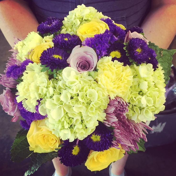 Edmonton Wedding Flowers: 52 Best Bouquets By Bunches