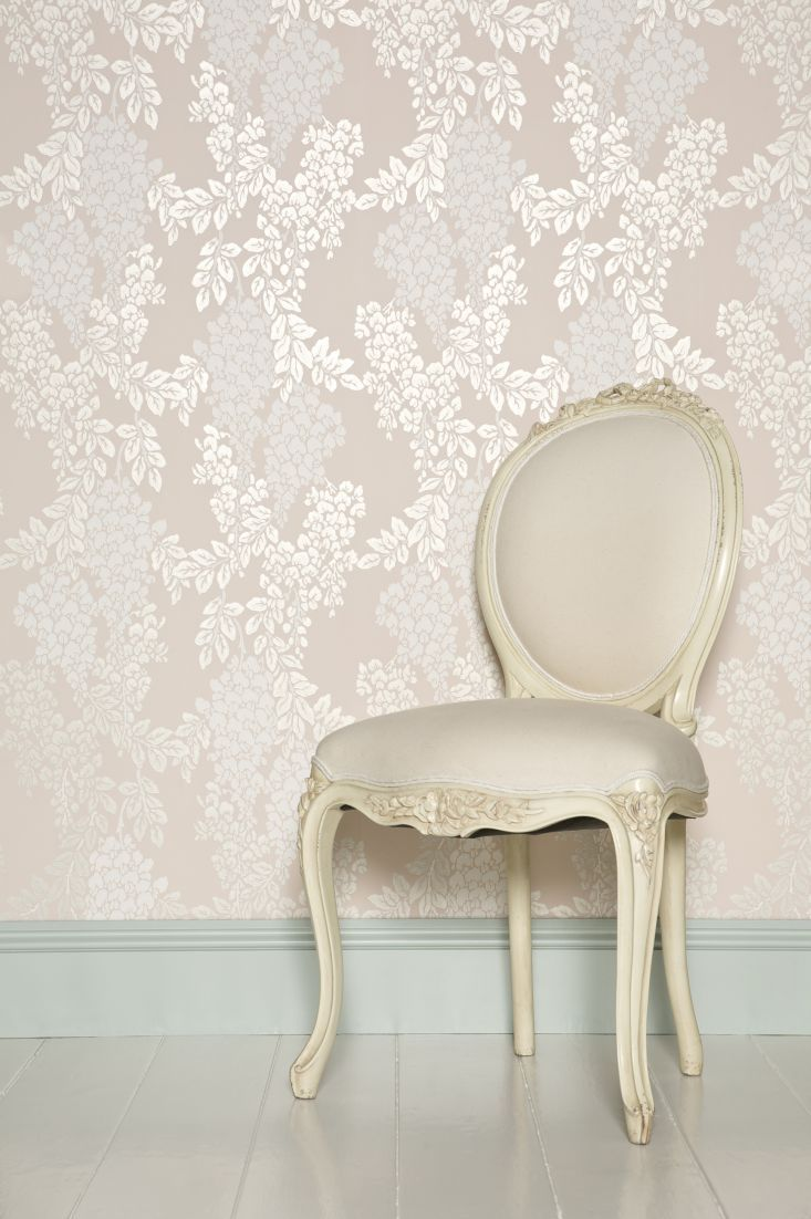 such a pretty wallpaper design by farrow and ball called wisteria