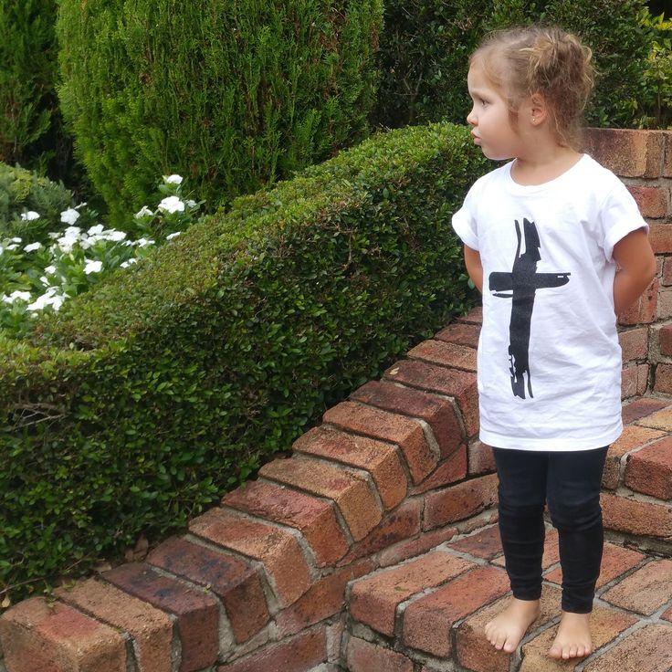 LOVE - KIDS TEE - boozeek #cross=love #crosstee