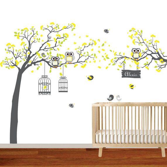 Dieses Angebot gilt für ein gelb und Kalk-grüne Blume-Baum.    Enthält:  Baum, mit Laub und Blumen 57 W x 71 H (wenn angewendet wie gezeigt)  Zweig