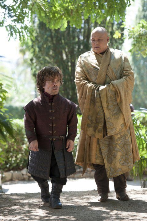 Still of Peter Dinklage and Conleth Hill in Juego de tronos (2011)