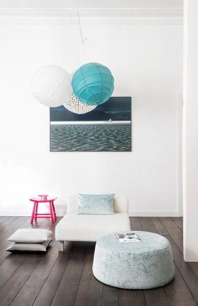 Mit den neuesten Stoffen passt  euer Wohnzimmer im Handumdrehen zur kommenden Jahreszeit.  Fotocredits: FINE