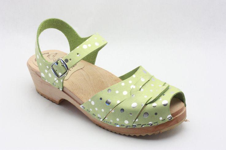 Skåne Toffeln silver dots low heel sandals
