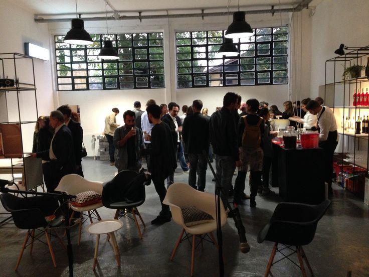 Spazio di Coworking a Milano, in via Carlo Boncompagni 57, presso LasciaLaScia Temporary Architecture. Affiliato Rete Cowo® - Coworking Network. + Info: http://CoworkingProject.com