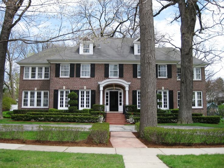 "The ""Home Alone"" house located in Winnetka, IL. Came on the market at $1,585,000."