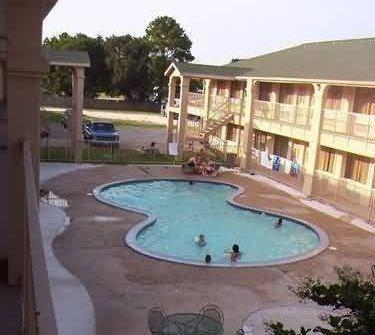 Regency Inn and Suites Rosenberg - 2 Star #Motels - $50 - #Hotels #UnitedStatesofAmerica #Rosenberg http://www.justigo.com/hotels/united-states-of-america/rosenberg/regency-inn-rosenberg_99733.html