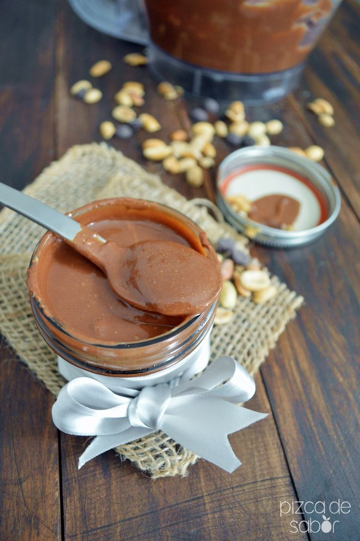 Crema o mantequilla de cacahuate con chocolate (peanut butter)