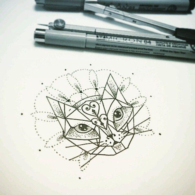 """Desenho feito pelo <a href=""""http://instagram.com/kadutattoo"""">@kadutattoo</a> ;) Muitas pessoas estão perguntando sobre a versão de cão dessa tattoo, quem ver de algum tatuador ou tenha, manda pra gente :)"""