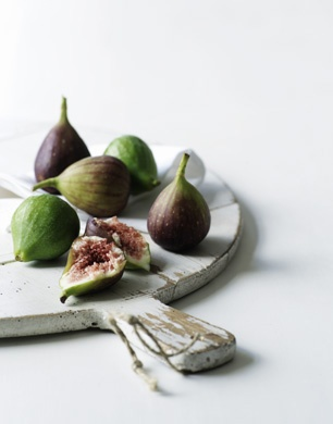 I never tried figs until I started to date my boyfriend. I love them, and will have a fig tree one day