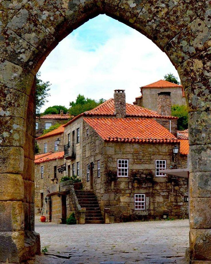Casas de pedra em Sortelha, Portugal.