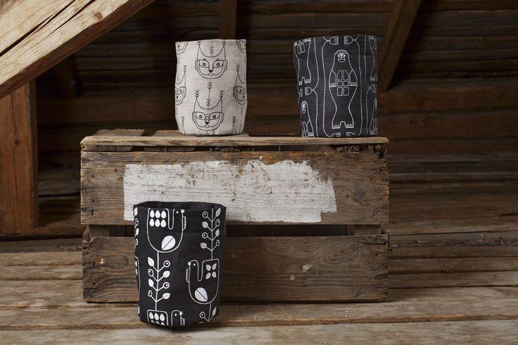 Korpiset containers, 100 % linen. Design by Riikka Kaartilanmäki.