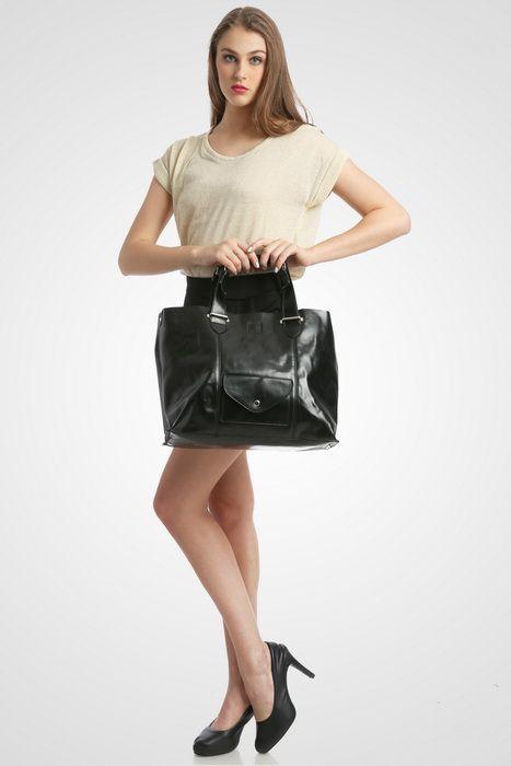 Madison bag #handbag #taswanita #bags #fauxleather #kulit #messengerbag #simple #fashionable #stylish #trend #colors #black Kindly visit our website : www.bagquire.com