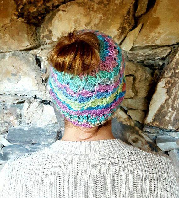 Cappello colorato Bun Candy chignon di FrivolousFunBoutique
