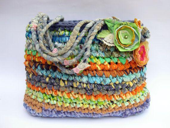Big playful crocheted purse / mini tote ... OOAK... eco por OdPaAm