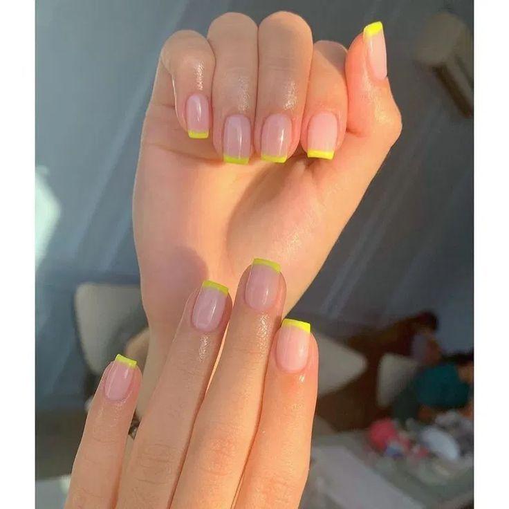 Short Acrylic Nails Coffin Muratko Blog In 2020 Short Acrylic Nails Designs Short Acrylic Nails Yellow Nails