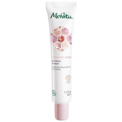 BB Crème SPF 15 Nectar de Roses MELVITA, hydrate unifie et apporte une couvrance naturelle pour un effet peau de bébé.