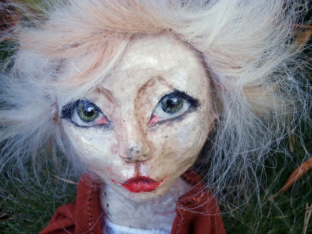 Making off Ooak doll. My first art doll sculpt in paper clay. Wire and clothes skeleton. I <3 these eyes!