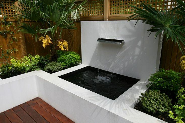 terraza patio fuente moderna cascada