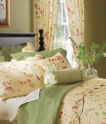 Country Curtains Quilt And Dining Rooms On Pinterest