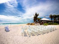 Amanda & Lucas' Destination Wedding Location - Anna Maria Island, Florida