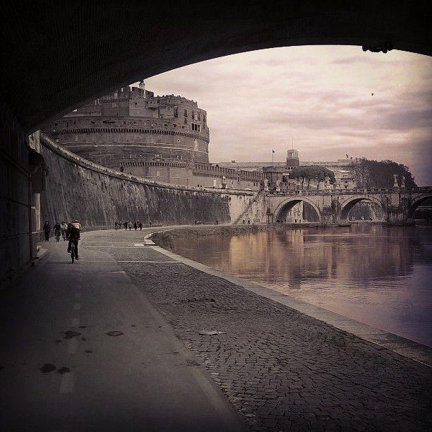 Learning to enjoy #Rome slowly, by bike. #TerraAdopt #adoptanolivetree