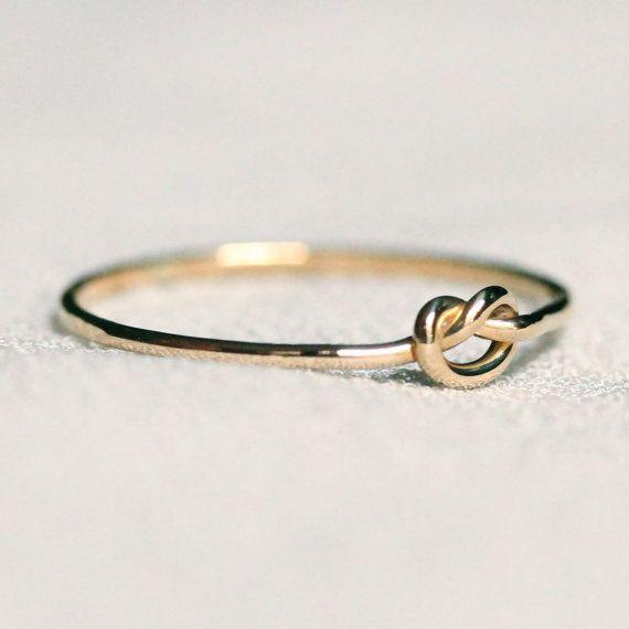 SOLIDE 14k Gold winzige Speicher Knot verknotete von MARYJOHN