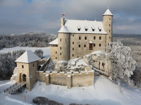 Bobolice castle in Poland  From Apgmbc