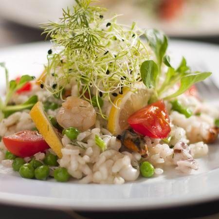 Egy finom Rizottó tengeri gyümölcsökkel ebédre vagy vacsorára? Rizottó tengeri gyümölcsökkel Receptek a Mindmegette.hu Recept gyűjteményében!