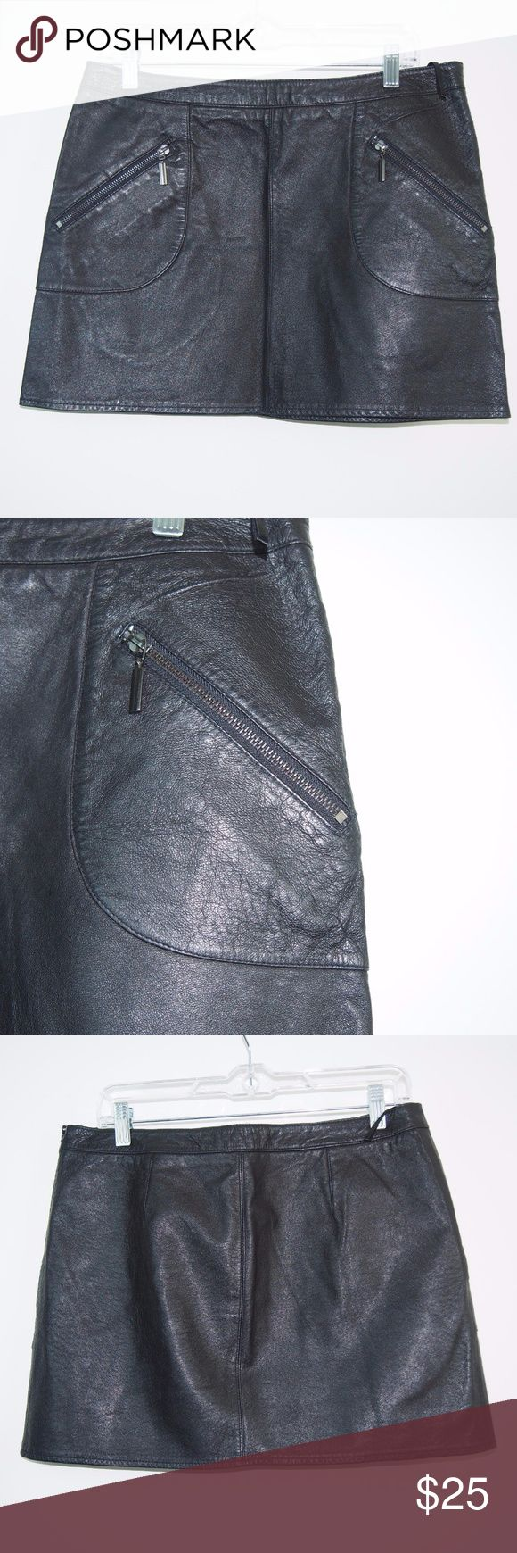 """Zara Basic Leather Mini Skirt Zara Basic Zip Pocket Mini Short Skirt Womens Black 100% Leather Medium  Gently Worn, Excellent Condition!  Please refer to pictures for additional condition information and if you have any other questions about this item please feel free to ask!  Measurements Laying Flat: Length: 14"""" Waist: 16.25"""" Zara Skirts Mini"""
