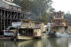 photos of echuca - Google Search Victoria. On the Murray River. Historic Paddle Steamers