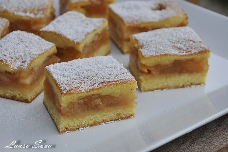O nebunie de prajitura, aceasta prajitura turnata cu mere!!!!! :P Am facut-o mai demult cu branza si cu dovleac si a iesit la fel de delicioasa, iar acum, mai recent, cu prune. Tineti cont ca la ...