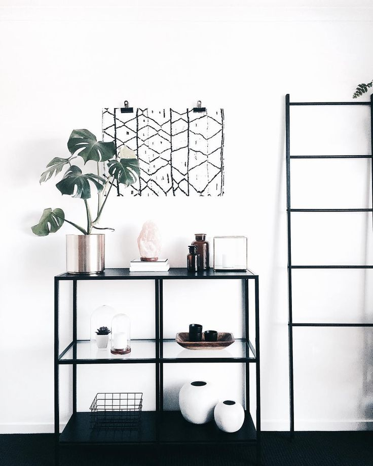 "2,687 Synes godt om, 46 kommentarer – J E M Nordic Bohemian (@juthamat_by_jem) på Instagram: ""• I k e a • • • This is the IKEA Vittsjö shelf unit. Retail Aus $89.99 and it also comes in white.…"""