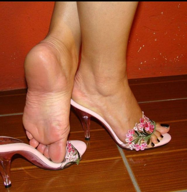 Apologise, but jizz on sexy feet