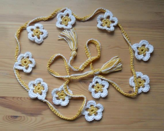 Daisy Flower Crochet Bunting by CraftsFromTheShed on Etsy