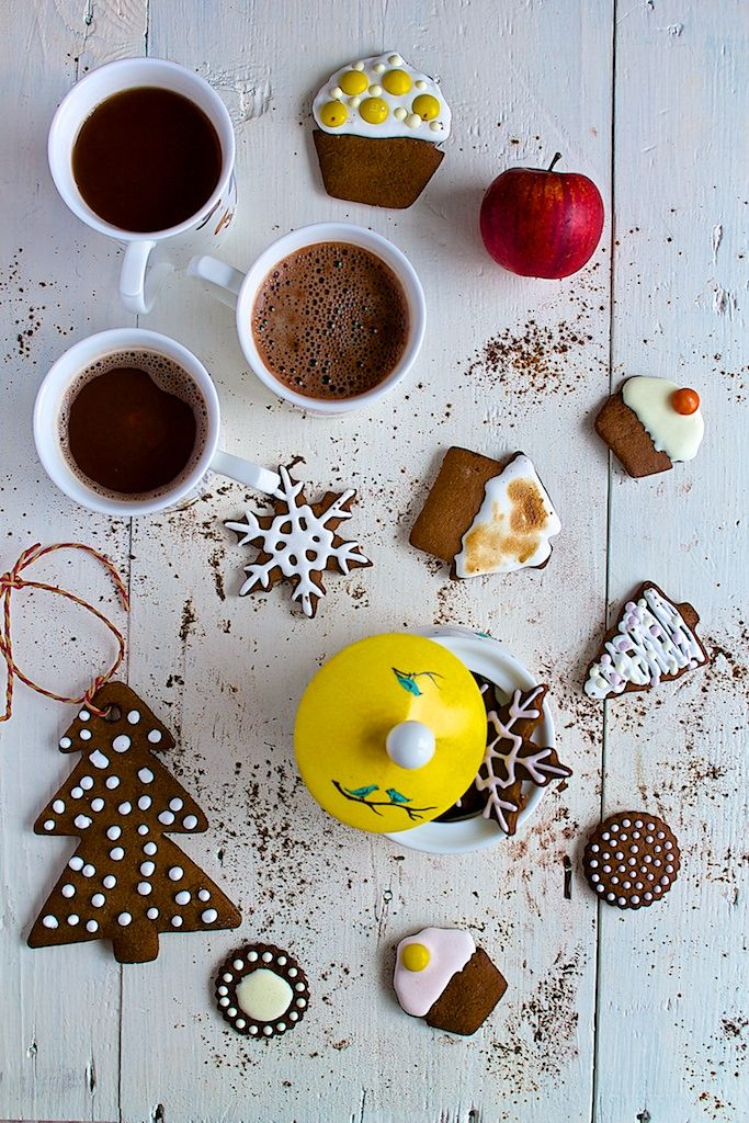Cofee & gingerbread and hand painted porcelain sugar bowl