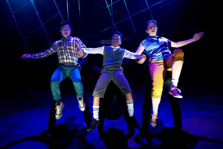 A Wrinkle in Time Review – Classic Children's Book Gets Odd Treatment on Lifeline's Stage