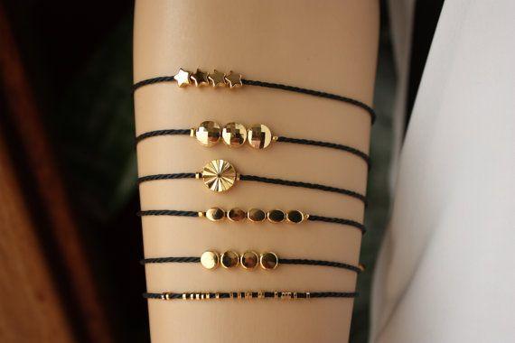 Dainty BraceletElegant Black and  Shiny Gold by MonroeJewelry