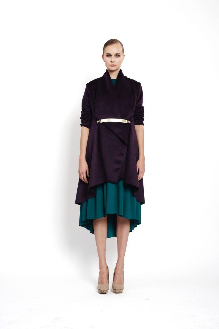 Flared coat with oversized collar closed with goldish clipbelt, design Lucie Kutálková/ LEEDA