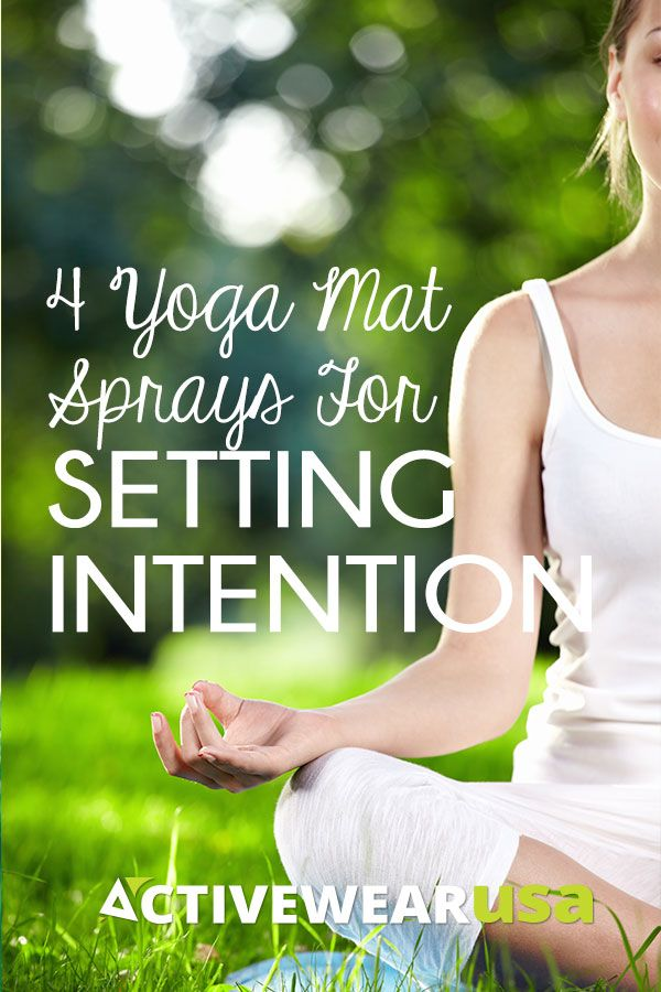 4 Yoga Mat Sprays For Setting Intention. Use the power of aromatherapy to help you engage your senses and focus your mind. #yoga