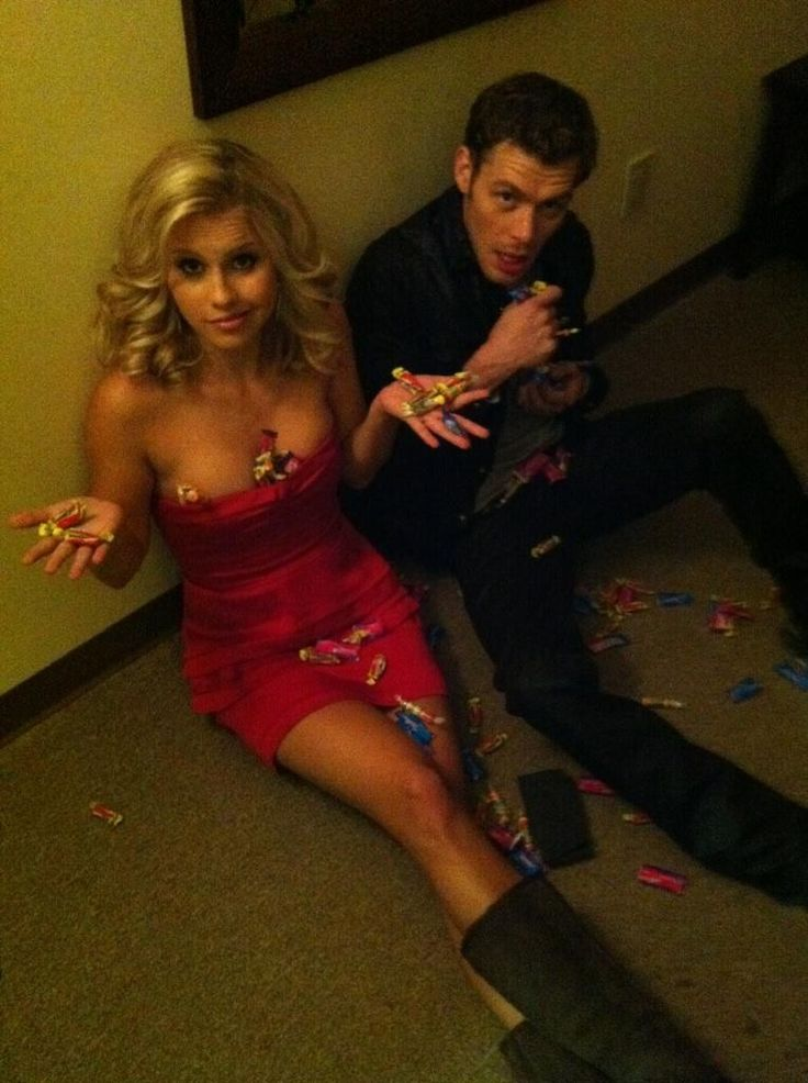Claire & Joseph on set. Lol ;) Claire Holt & Joseph Morgan aka Rebekah & Klaus from The Vampire Diaries <3