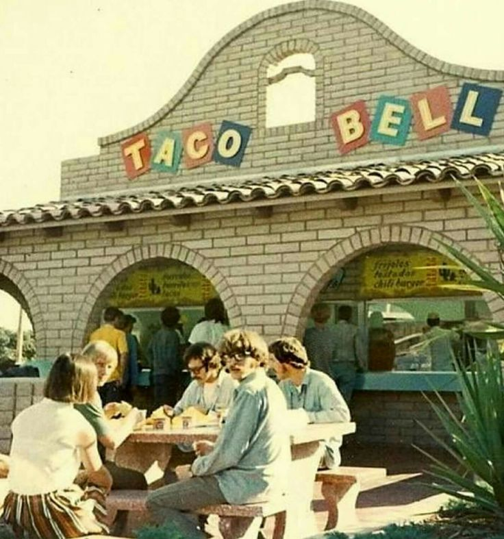 Old school Taco Bell (it even had a firepit)