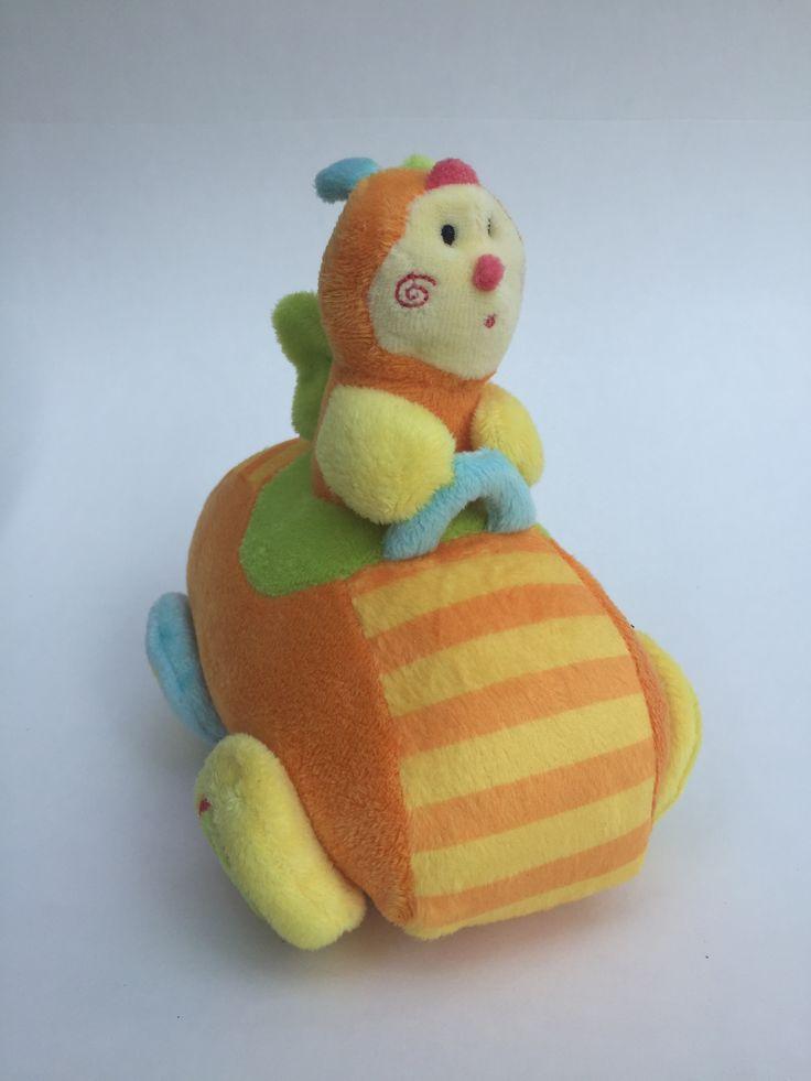 Knuffel #bij in auto Kraamkado #kraamcadeau #baby #babykado #geboortekado #babykamer #babyshower op www.hummelkado.nl