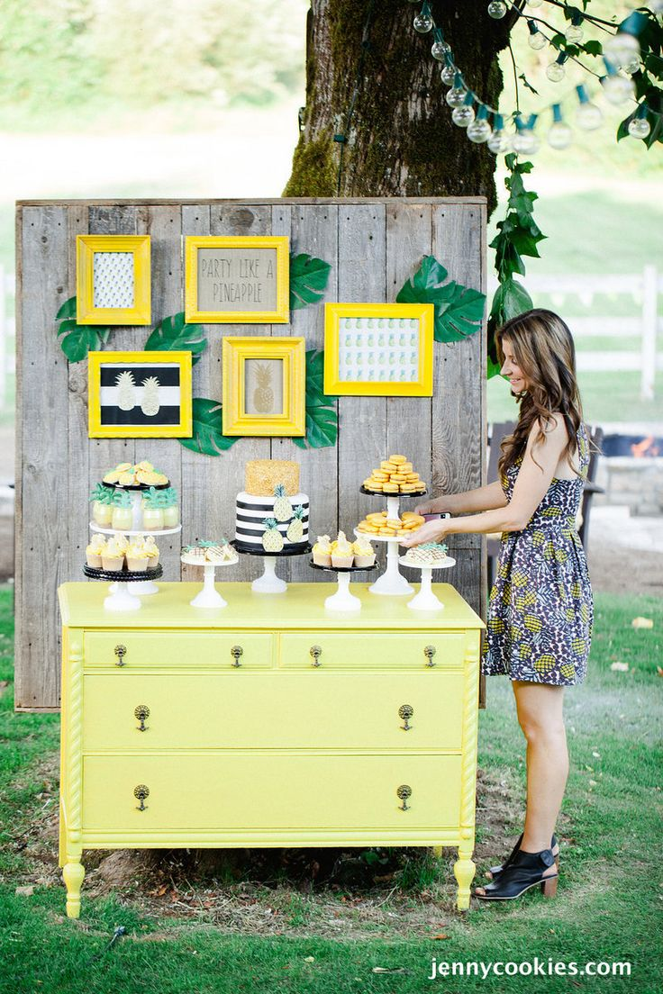 Party Like a Pineapple styled by Jenny Cookies | Featured on The TomKat Studio