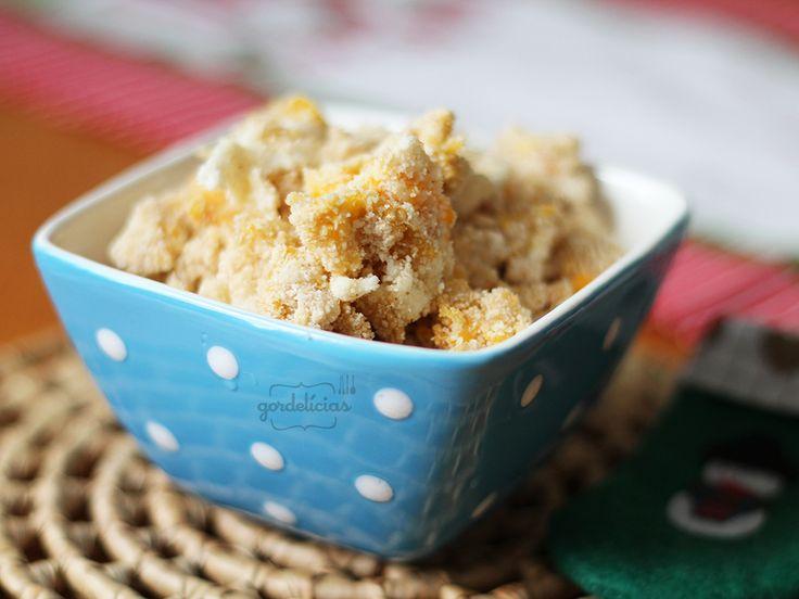 Farofa de Ovos |  3 ovos 1 xícara de farinha de mandioca 3 colheres de sopa de manteiga Sal a gosto